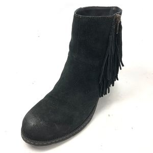 BORN BOC 8 Booties Ankle Black Suede Fringe Zip